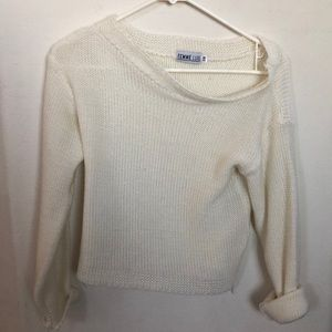 white knit slouchy sweater